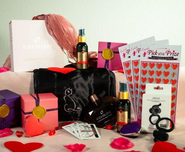 Valentine Couples Box